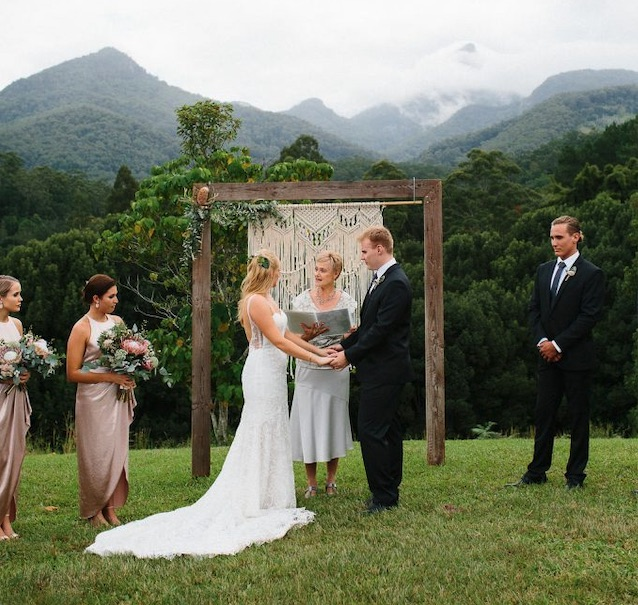 Shauna Rowe Marriage Celebrant Mt Warning Wedding
